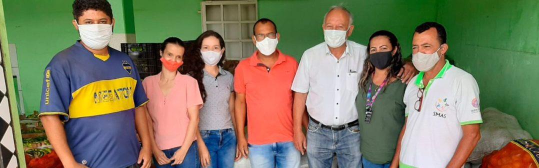 PREFEITURA DE MONTE AZUL, ATRAVÉS DA SECRETARIA DE AGROPECUÁRIA, E DA SALA MINEIRA DO EMPREENDEDOR FAZ DOAÇÃO DE MAIS 8 TOLENADAS DE ALIMENTOS, COM MAIS DE 200 FAMÍLIAS CARENTES BENEFICIADAS.